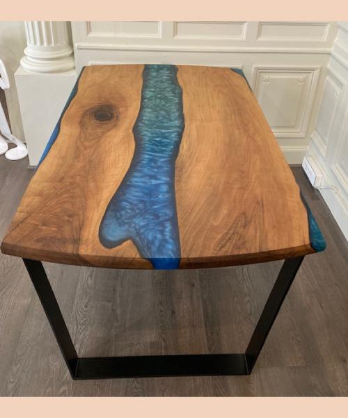 Table-bleue-noyer - modum - ébénisterie